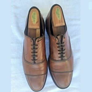 Allen Edmonds Park Ave